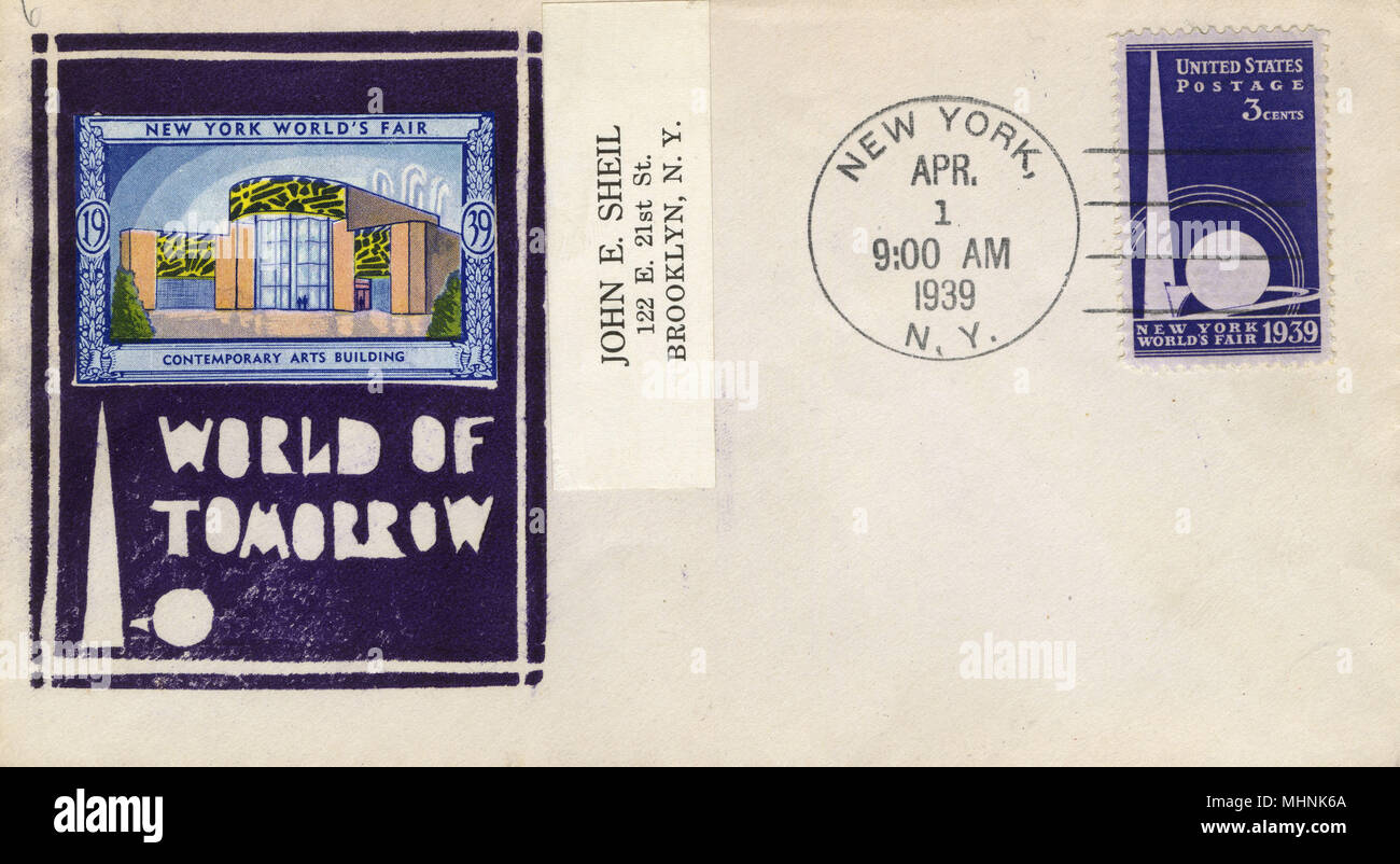 New York World's Fair 'World of Tomorrow' - First Day Cover - Left-hand stamp depicts the Contemporary Arts Building.     Date: 1939 - Stock Image