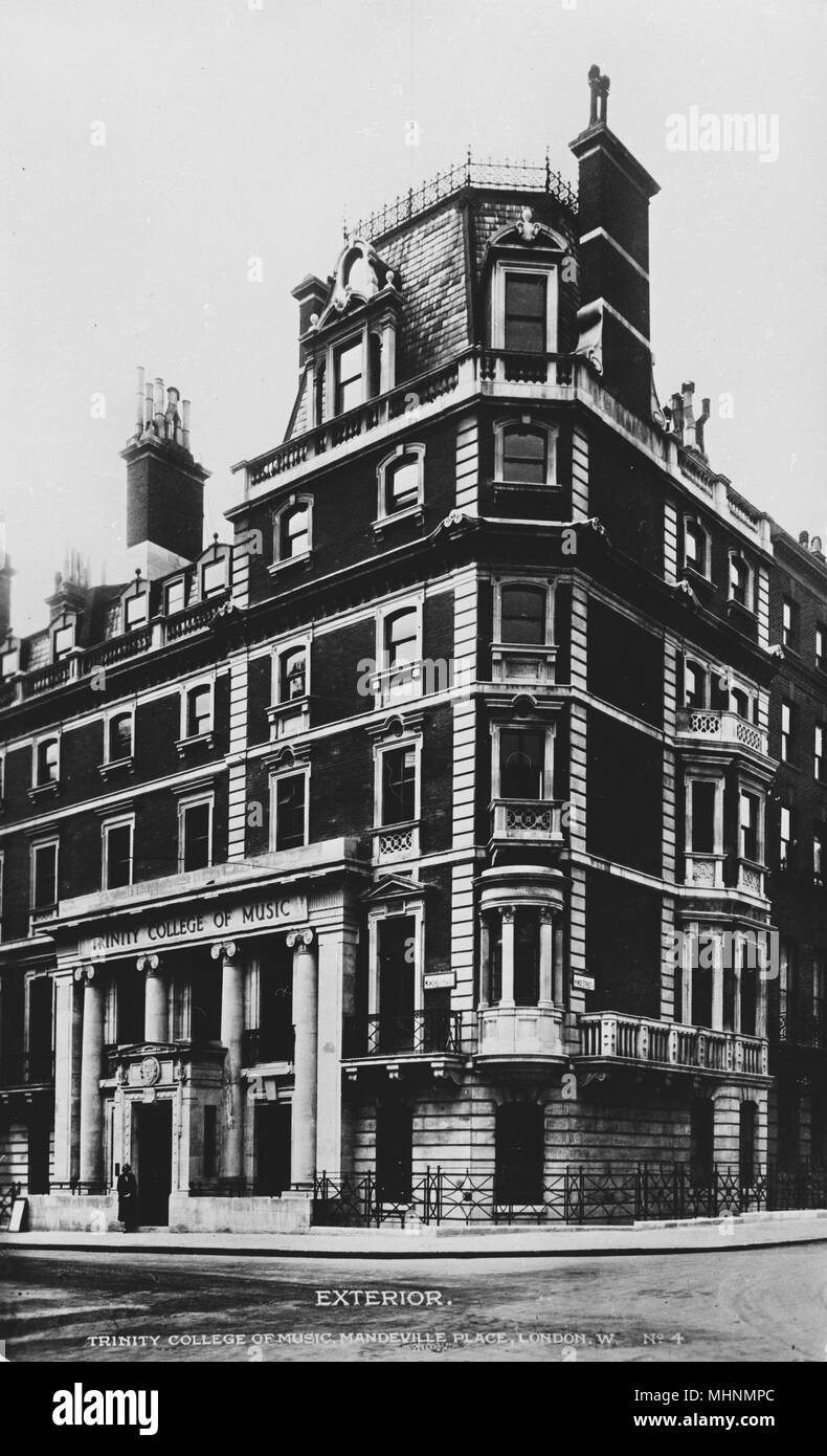 Trinity College of Music, Mandeville Place, London.      Date: circa 1922 - Stock Image