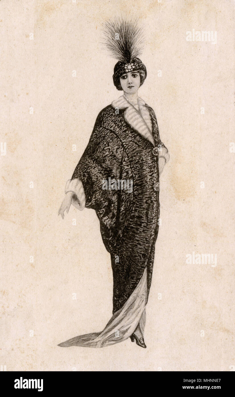 Glamorous Italian Woman in long coat and feather hat     Date: 1915 - Stock Image