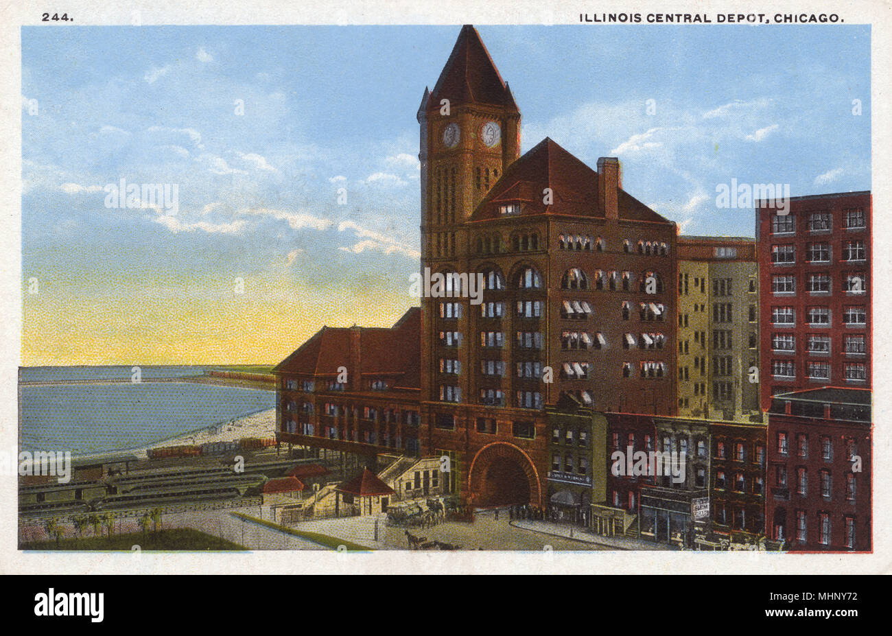 Illinois Central Railroad Depot, Chicago, Illinois, USA, one of the busiest stations in the city.      Date: 1914 - Stock Image