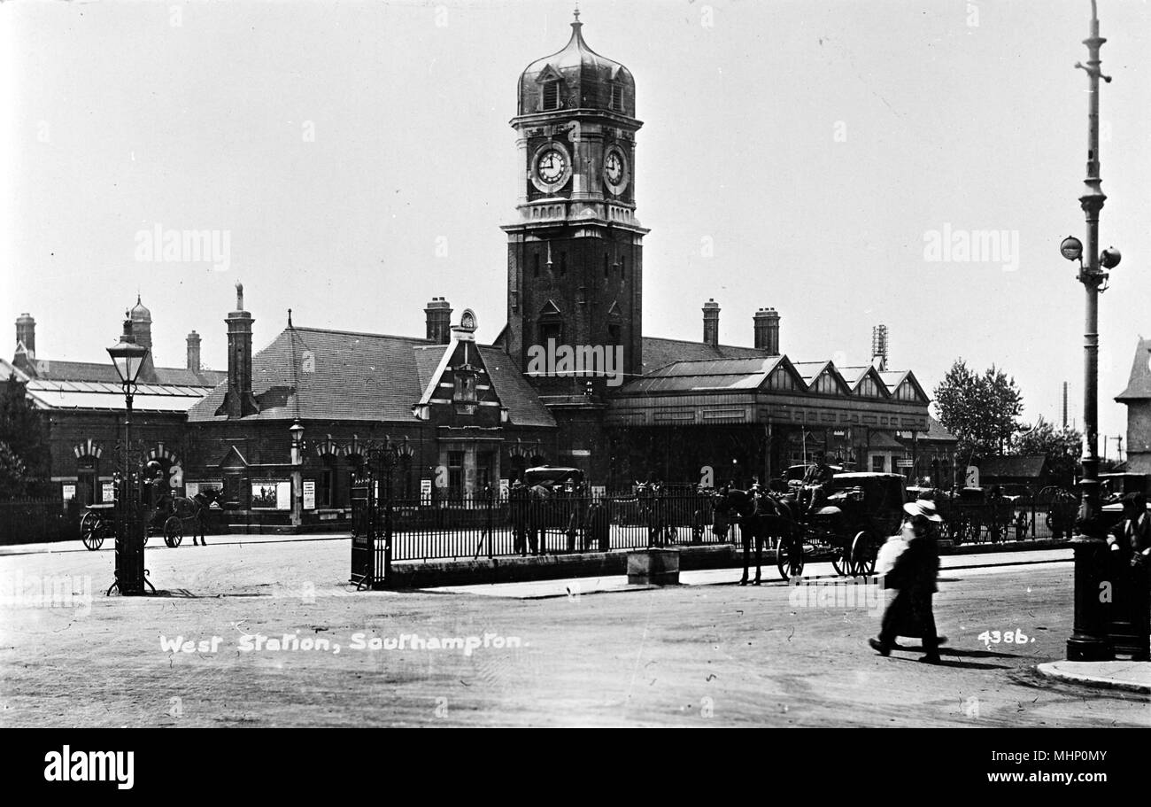 West Station, Southampton.      Date: circa 1910s - Stock Image