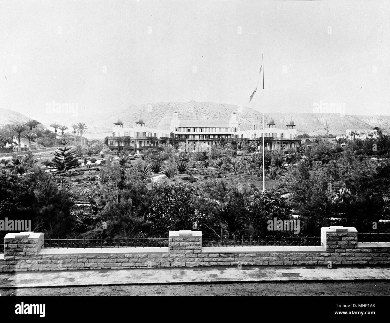 Santa Catalina Hotel, Las Palmas, Gran Canaria, Canary Islands, with the gardens in the foreground.     Date: circa 1890 - Stock Image