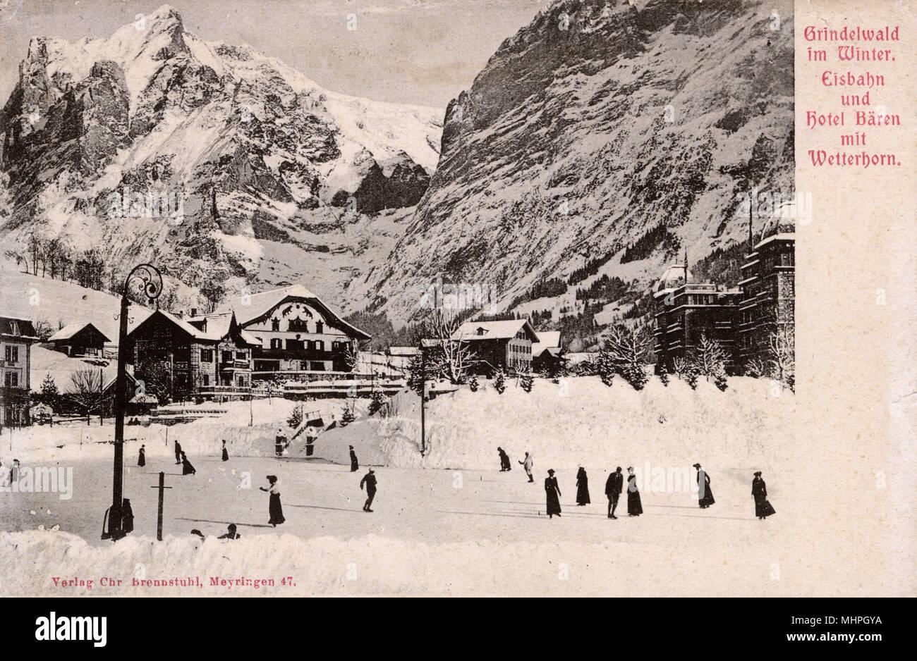 Hotel Baeren (Bears Hotel) and Wetterhorn, Grindelwald, Switzerland.      Date: circa 1905 - Stock Image