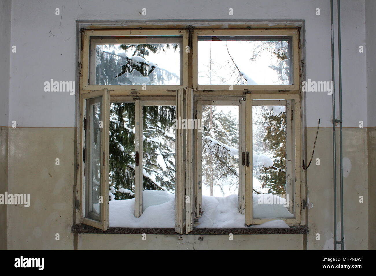 Old Window Frames Stock Photos Old Window Frames Stock Images