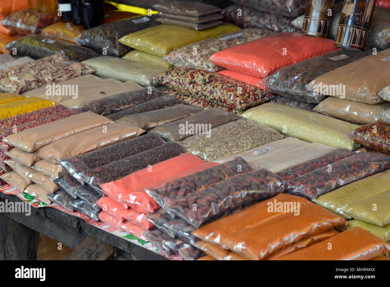 18 January 2018, Madagascar, Andoany: Spices at the market in Andoany on the island of Nosy Be off the north-west coast of Madagascar. | usage worldwide - Stock Image