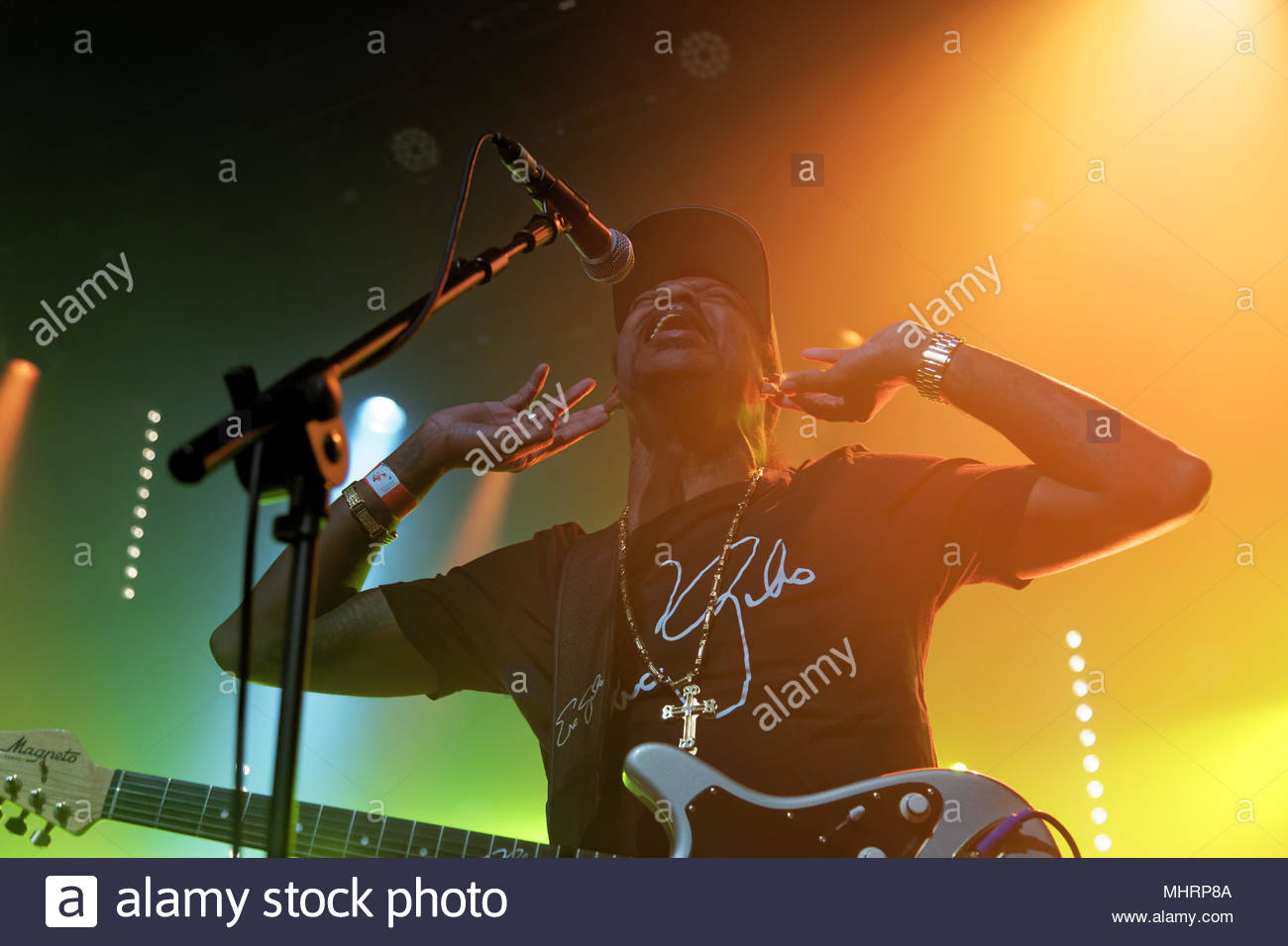 Guitarist Eric Stock Photos & Guitarist Eric Stock Images - Page 2 ...