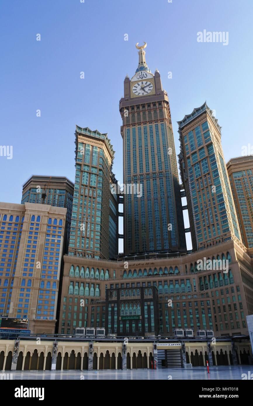 Mecca Saudi Arabia 6 March 2017 Morning View Of Minaret Mecca Royal Clock Tower Hotel Stock Photo Alamy