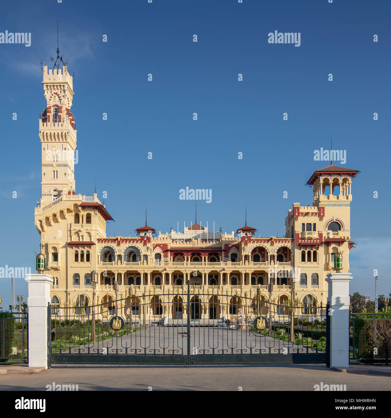 Front view of the royal palace at Montaza public park before sunset, Alexandria, Egypt - Stock Image