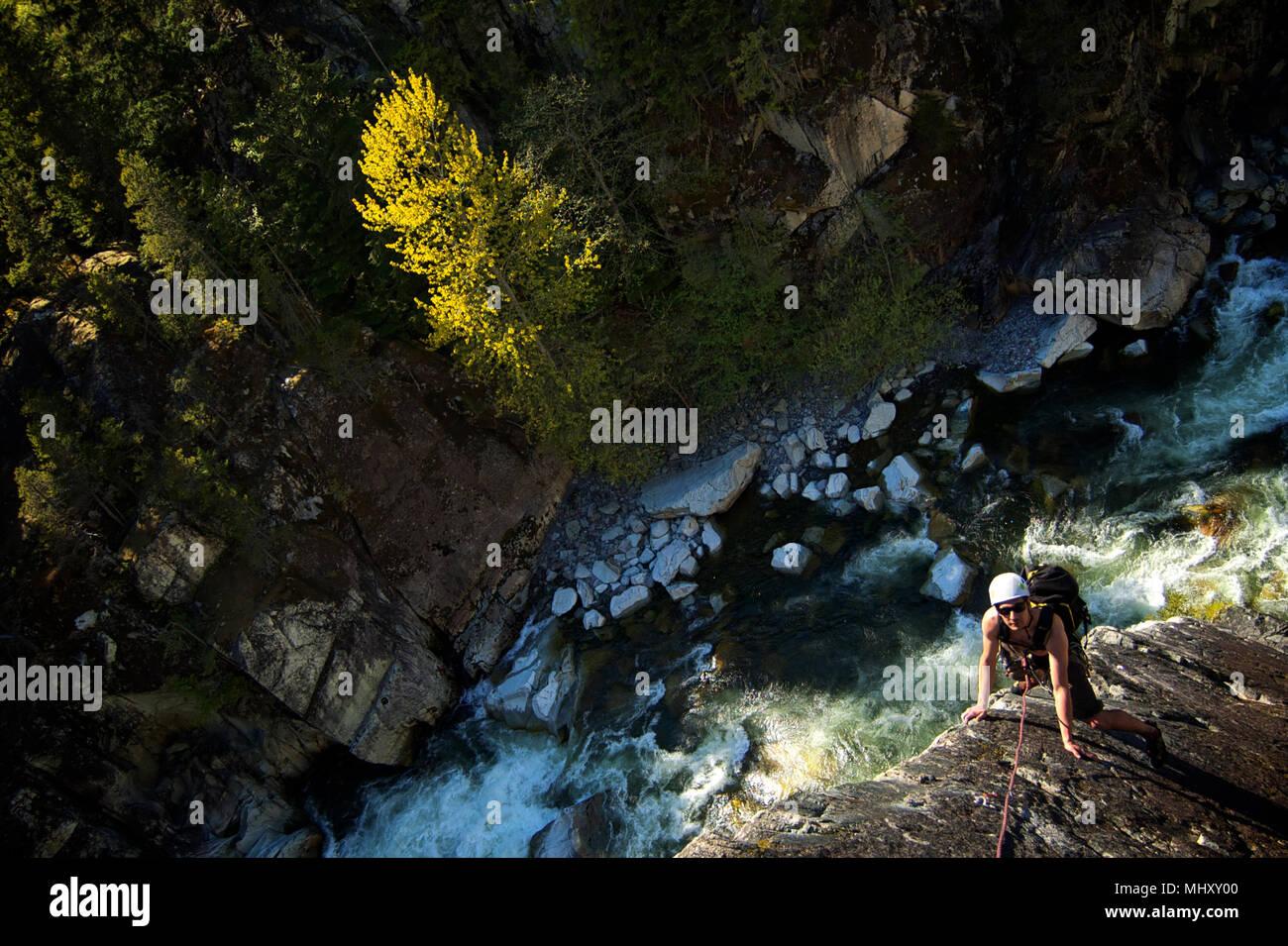 Man trad climbing at The Chief, Squamish, Canada - Stock Image