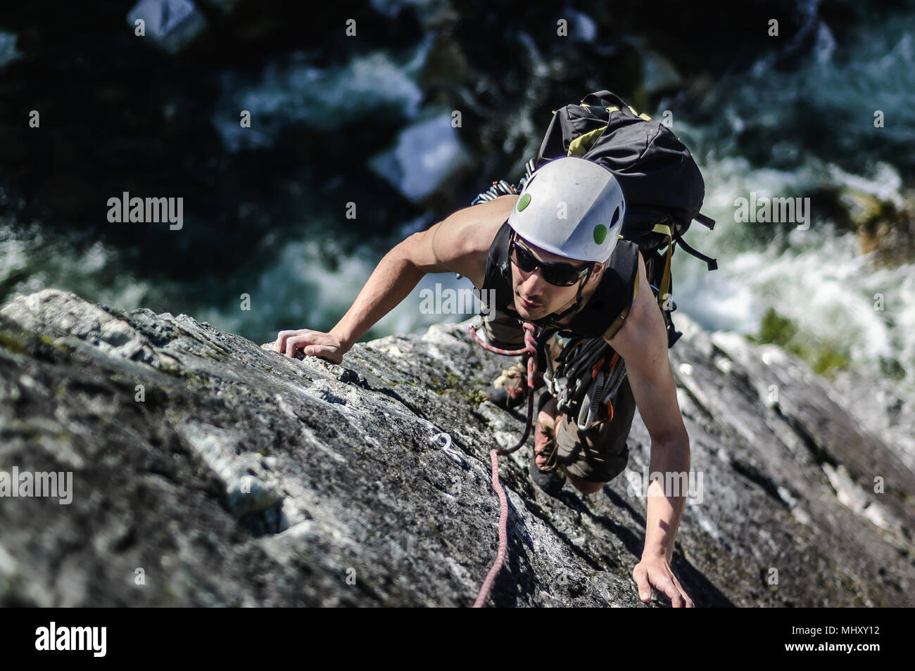 Man trad climbing at The Chief, Squamish, Canada - Stock Image