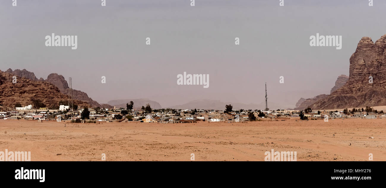 """Overview and panorama of the Bedouin village """"Wadi Rum Village"""" on the edge of the Wadi Rum Nature Reserve, Jordan, middle east Stock Photo"""