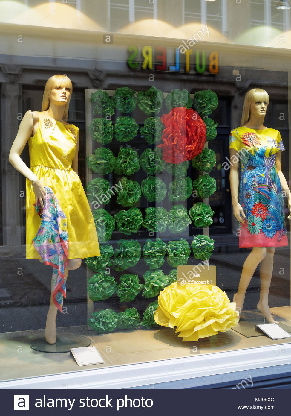 Window shopping in Luxembourg City - Stock Image