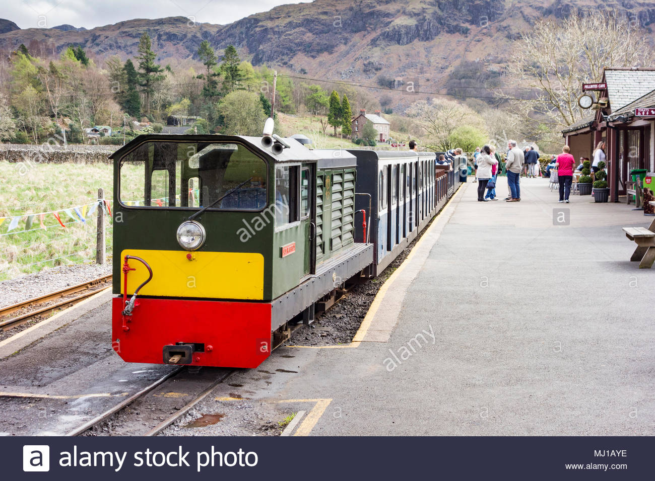 Lady Wakefield diesel locomotive ready to depart from Dalegarth Station on the Ravenglass and Eskdale narrow guage railway - Stock Image