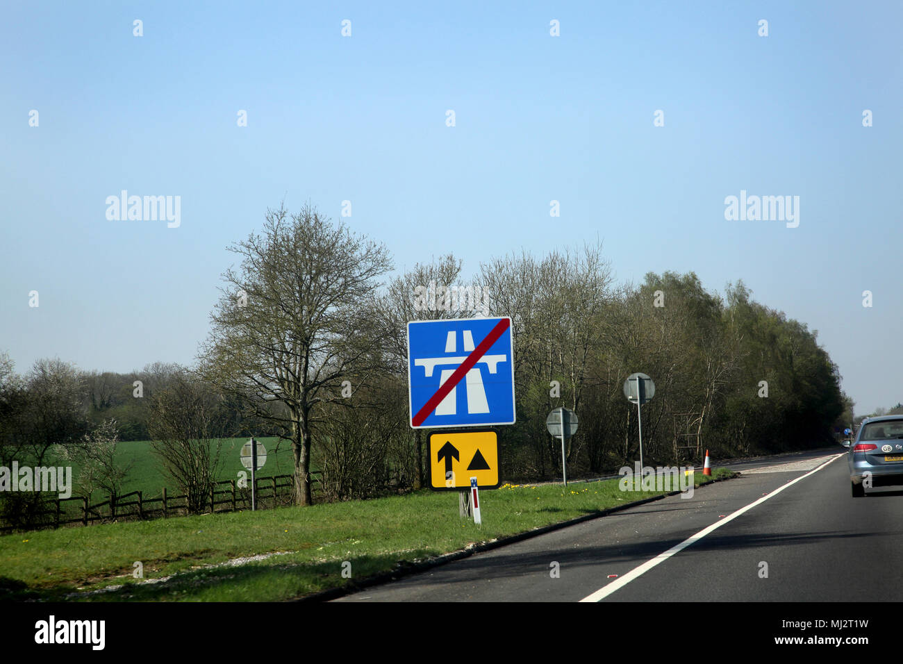 Wiltshire England Motorway Ends Sign and Emergency Diversion Symbol - Stock Image