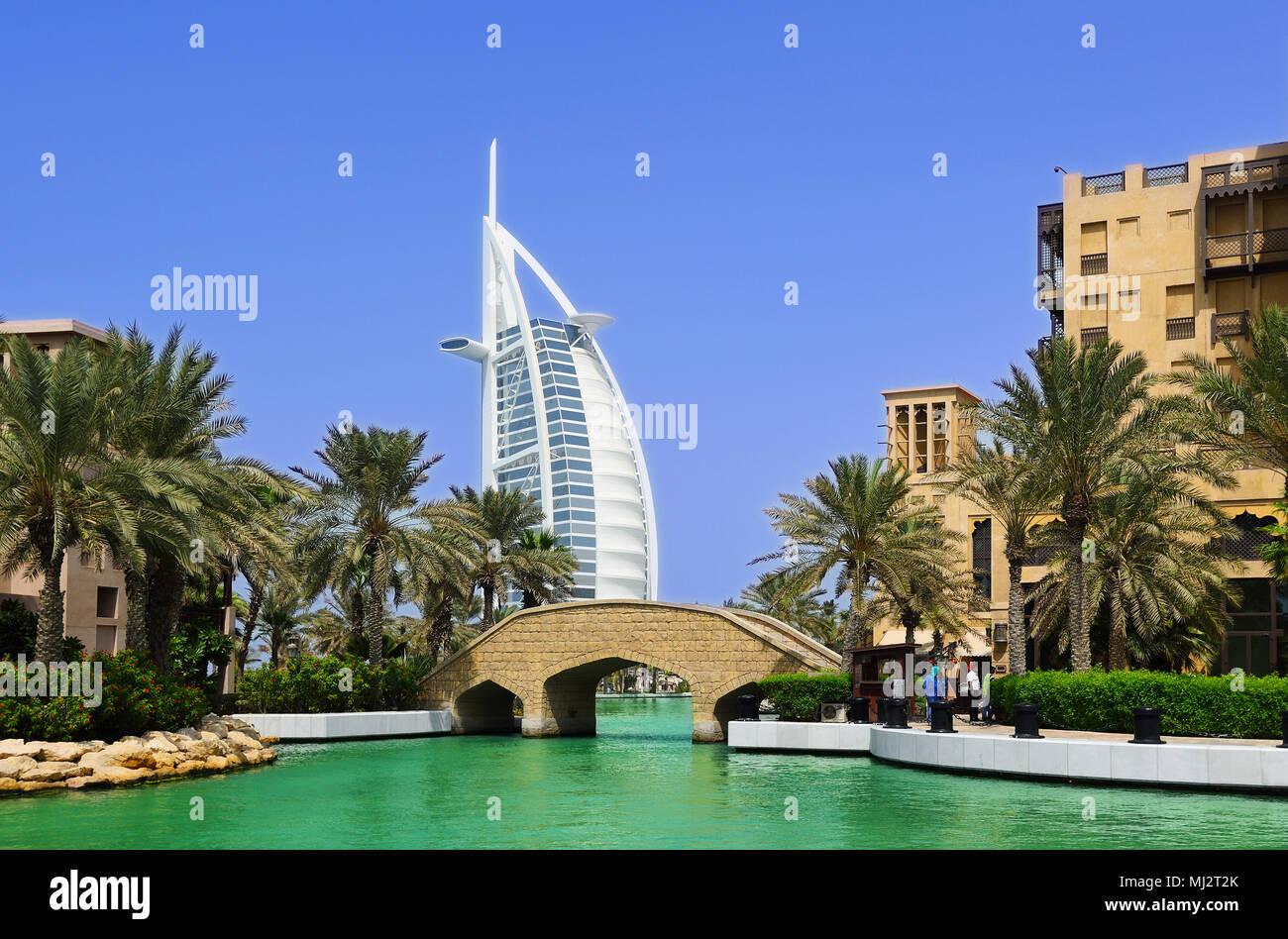 Dubai sailing hotel - Stock Image