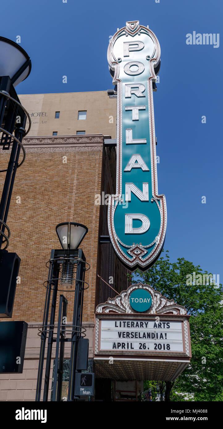 Portland Oregon USA April The Portland Sign On The - Hotels near arlene schnitzer concert hall