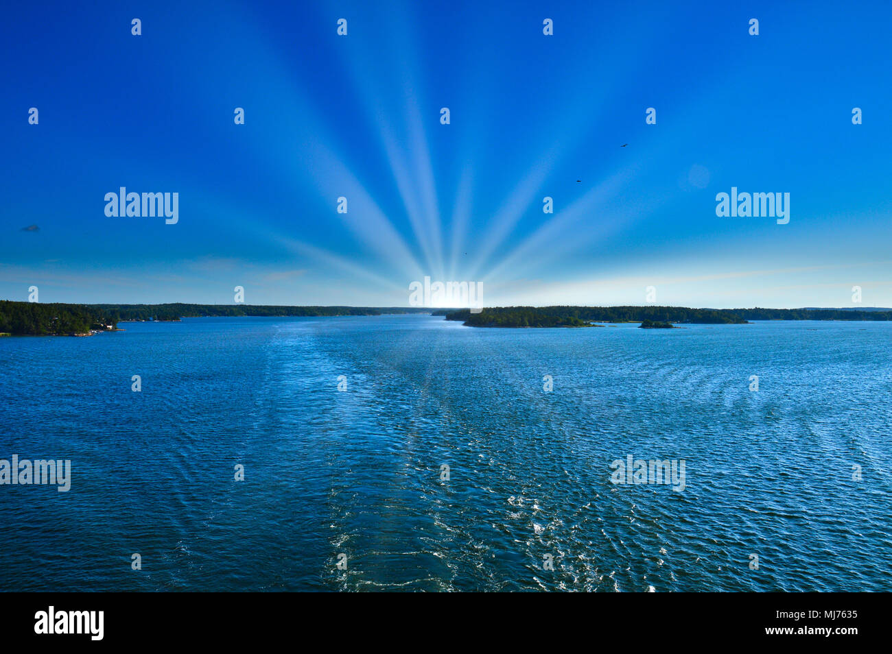 Sunray over Baltic Sea in area of Stockholm Archipelago, Sweden - Stock Image