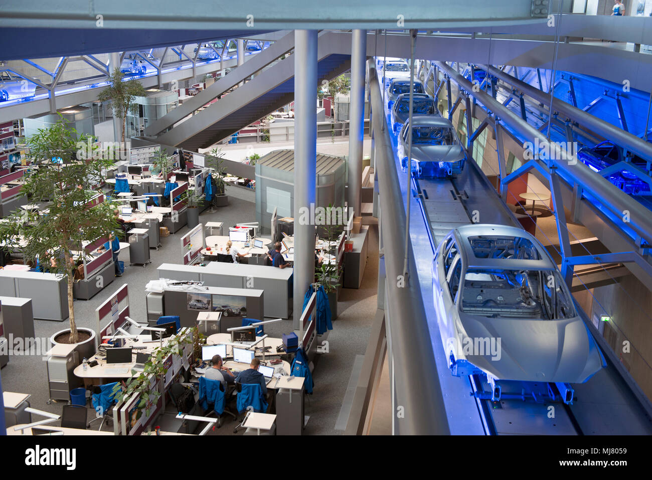 The Central Building Bmw Plant In Leipzig Stock Photo Alamy