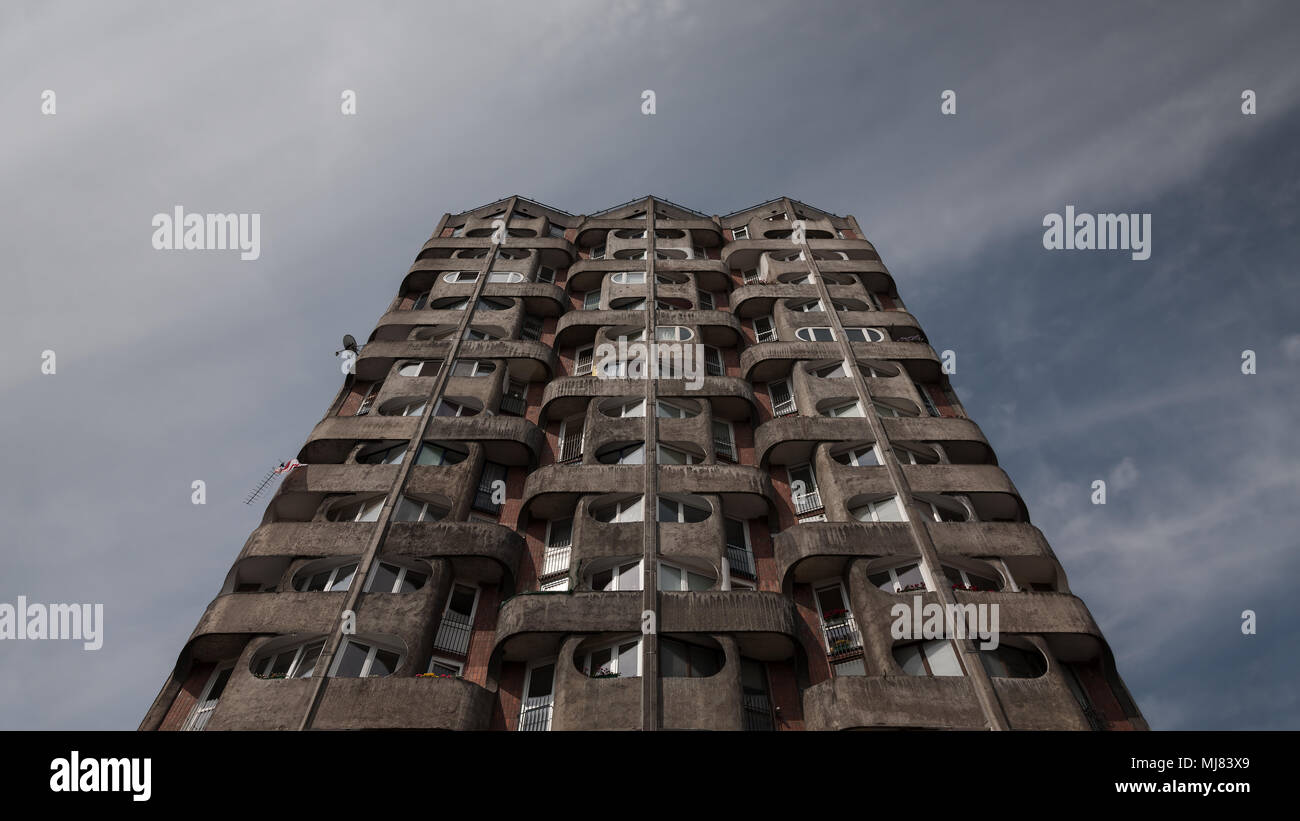 Residential multi-story building in brutalist architectural style - Stock Image