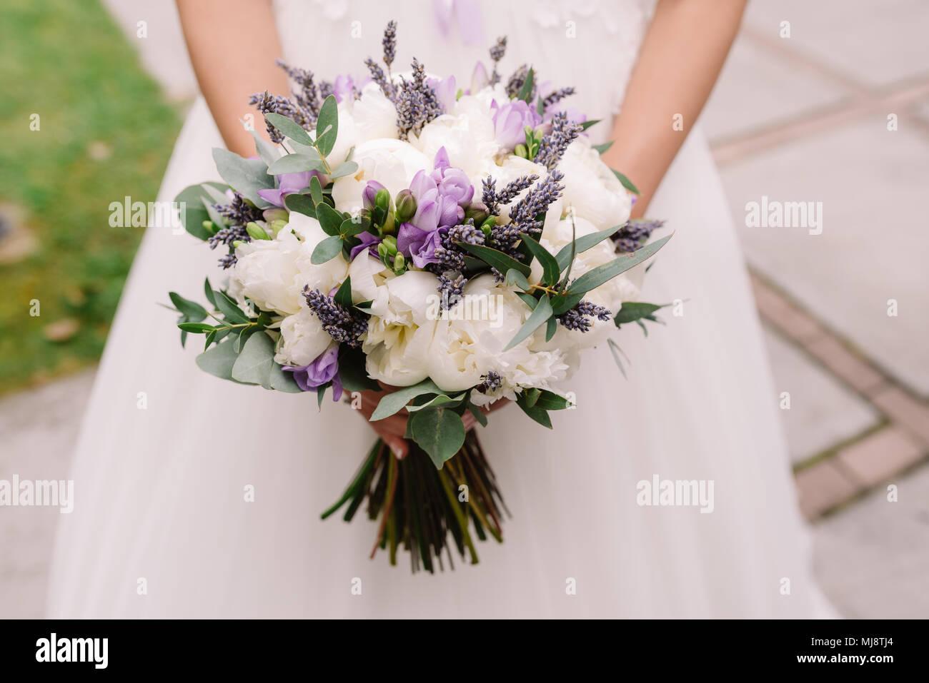 Wwwbouquet Sposait.Wedding Dress Wedding Rings Wedding Bouquet With Lavanda And