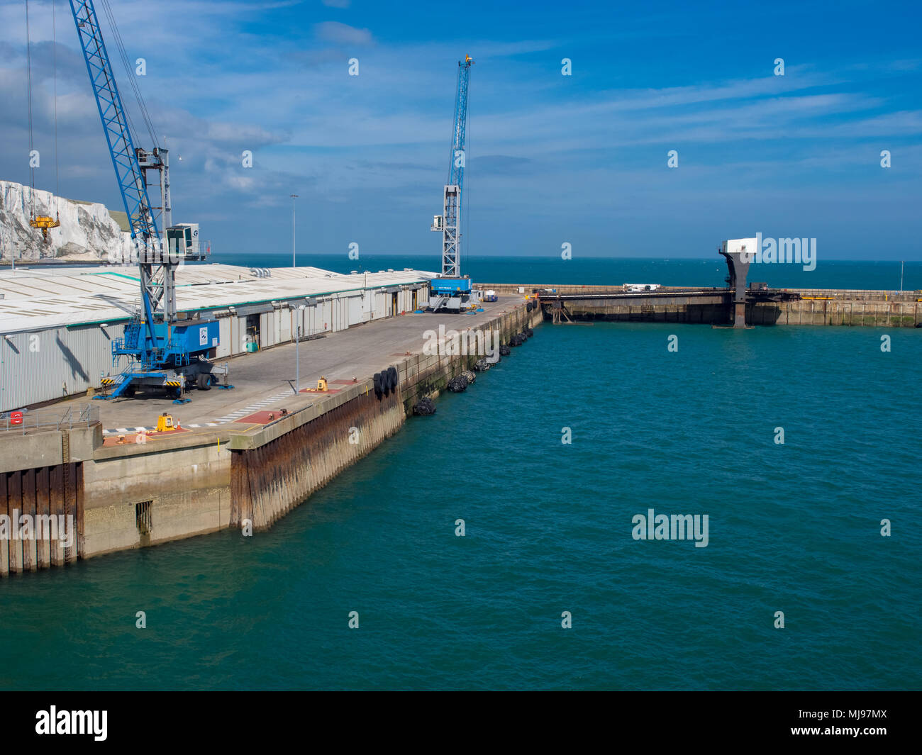 he Port of Dover is the cross-channel port situated in Dover, Kent, south-east England. It is the nearest English port to France, at just 34 kilometre - Stock Image