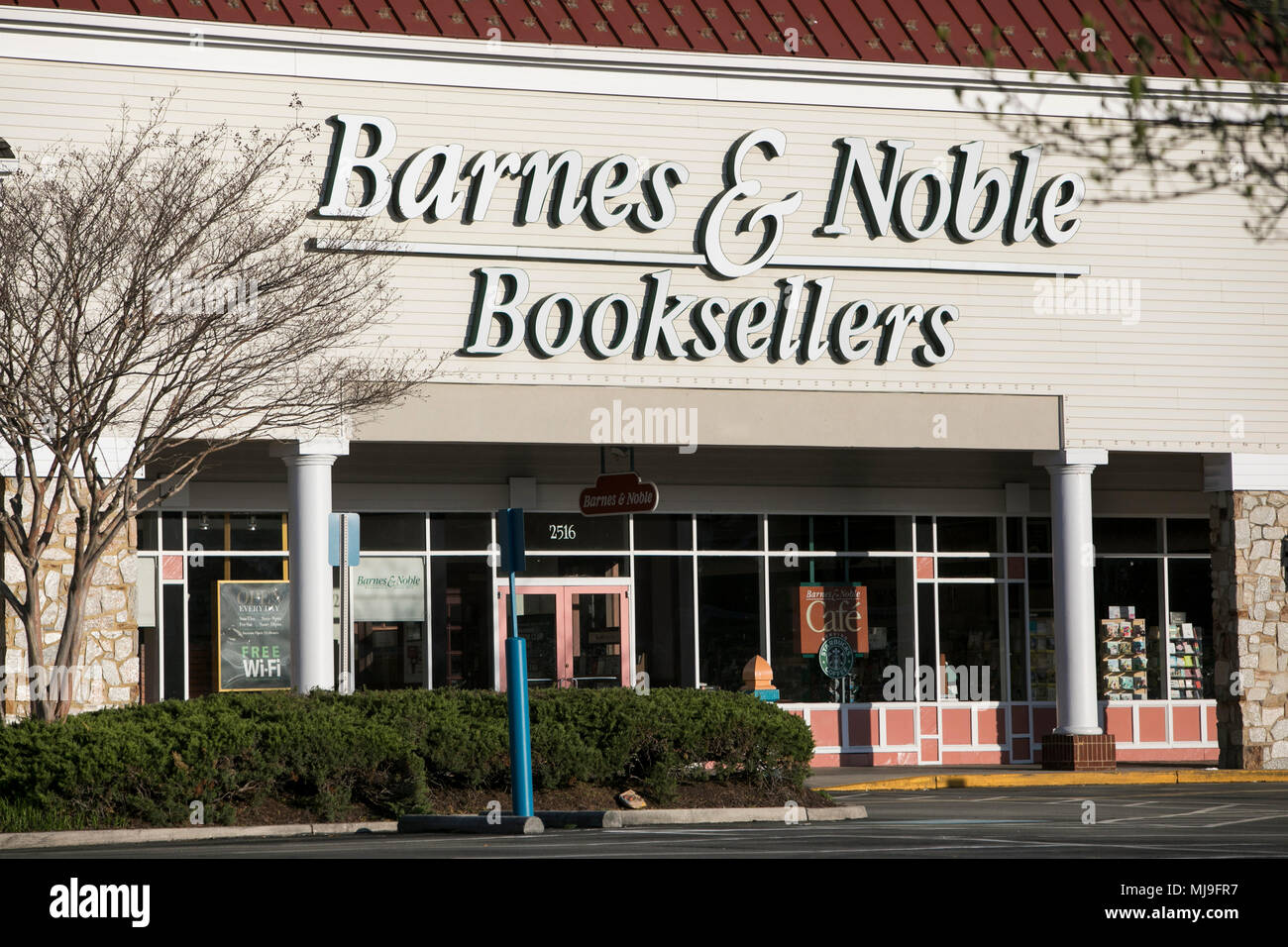 A logo sign outside of a Barnes & Noble Booksellers store in Annapolis, Maryland on April 29, 2018. - Stock Image
