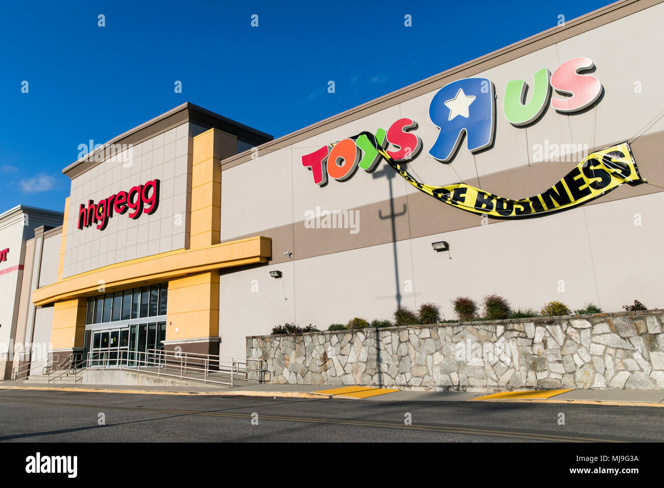 Hhgregg Toys R Us Stock Photos Amp Toys R Us Stock Images Alamy