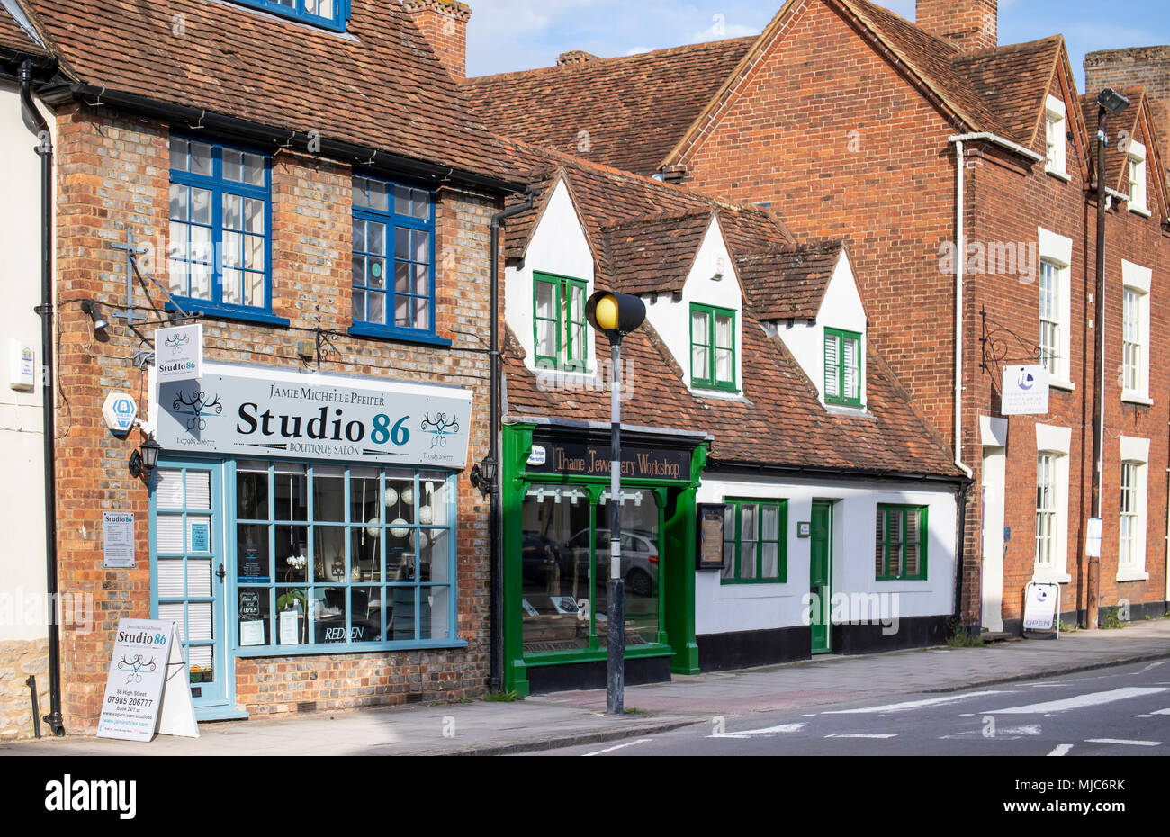 Thame, Oxfordshire medieval English market town streets and buildings - Stock Image