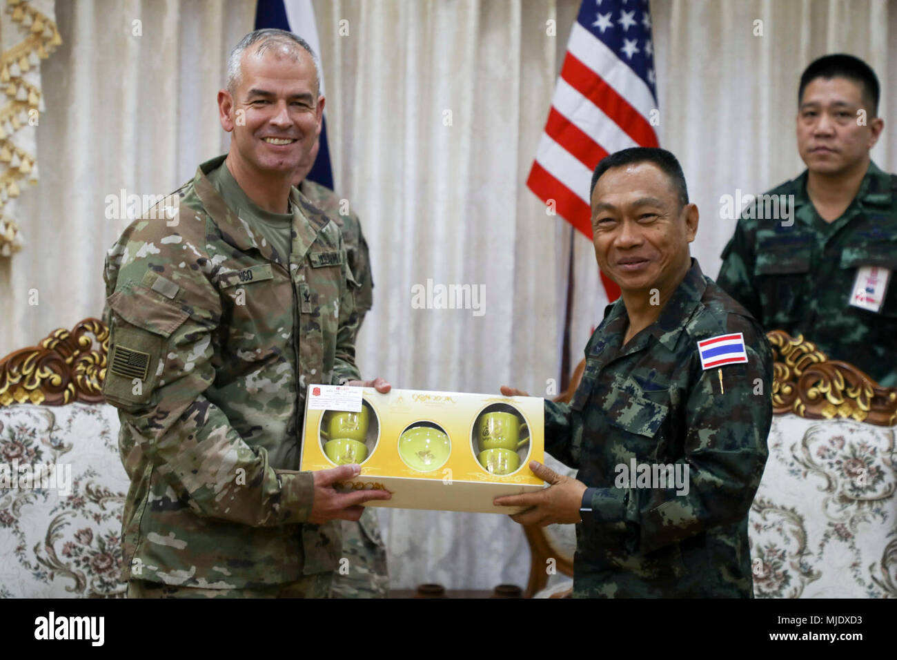 Us Army Col Anthony Lugo Left Commander Of 2nd Infantry