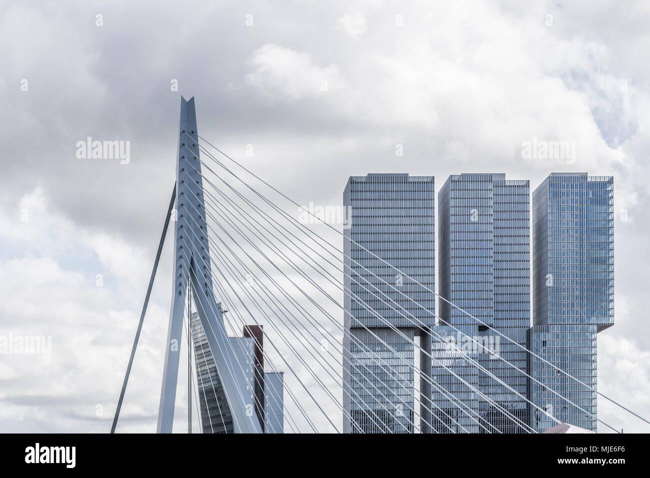 Erasmusbrücke, Detail in Rotterdam - Stock Image