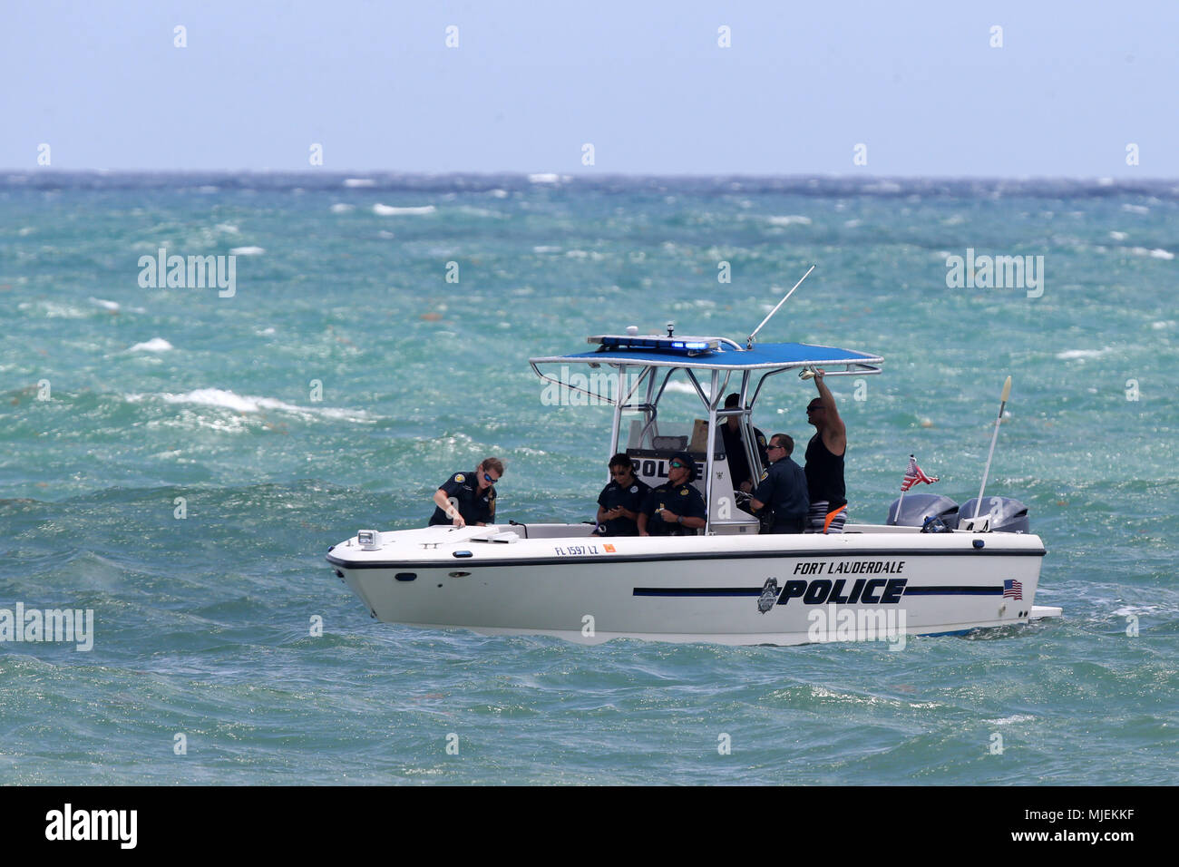 Fort Lauderdale, Florida, USA. 5th May, 2018.  Police Boat performs at The Fort Lauderdale Air Show on May 5, 2018 in Fort Lauderdale, Florida.    People:  Police Boat Credit: Storms Media Group/Alamy Live News Stock Photo