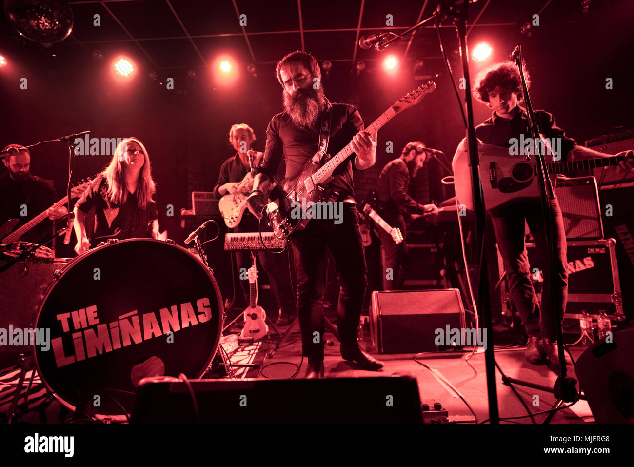 Leeds, UK. 4th May, 2018. French garage / psychedelic rock band The Luminanas in concert at The Brudenell Social Club, Leeds, UK, 4th May 2018. Group founders Lio and Marie Limiñana on guitar and drums respectively. Credit: John Bentley/Alamy Live News - Stock Image