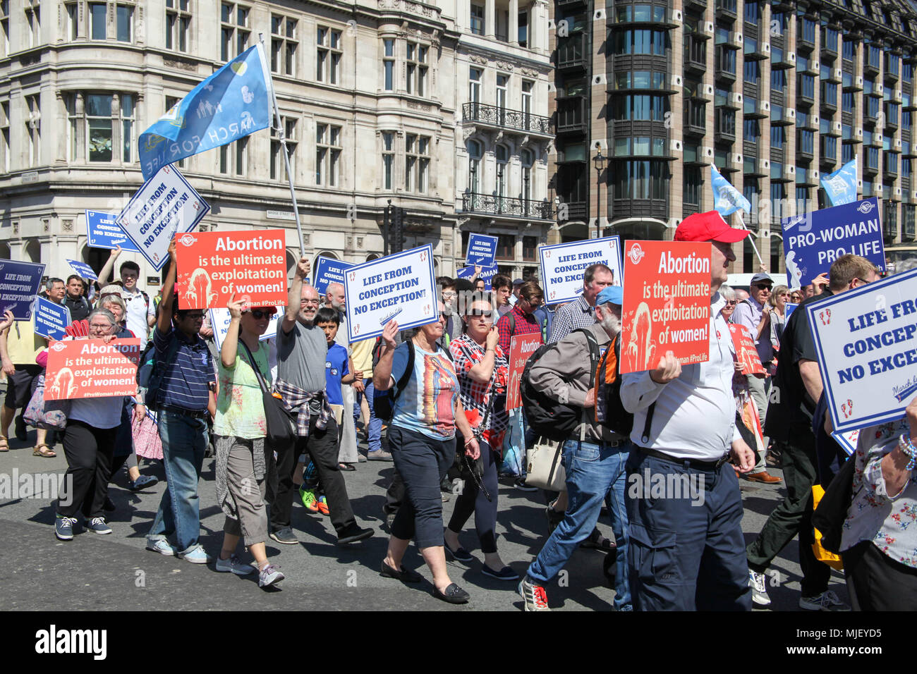 London, UK. 5th May, 2018. Pro-life demonstrators march through London Credit: Alex Cavendish/Alamy Live News - Stock Image