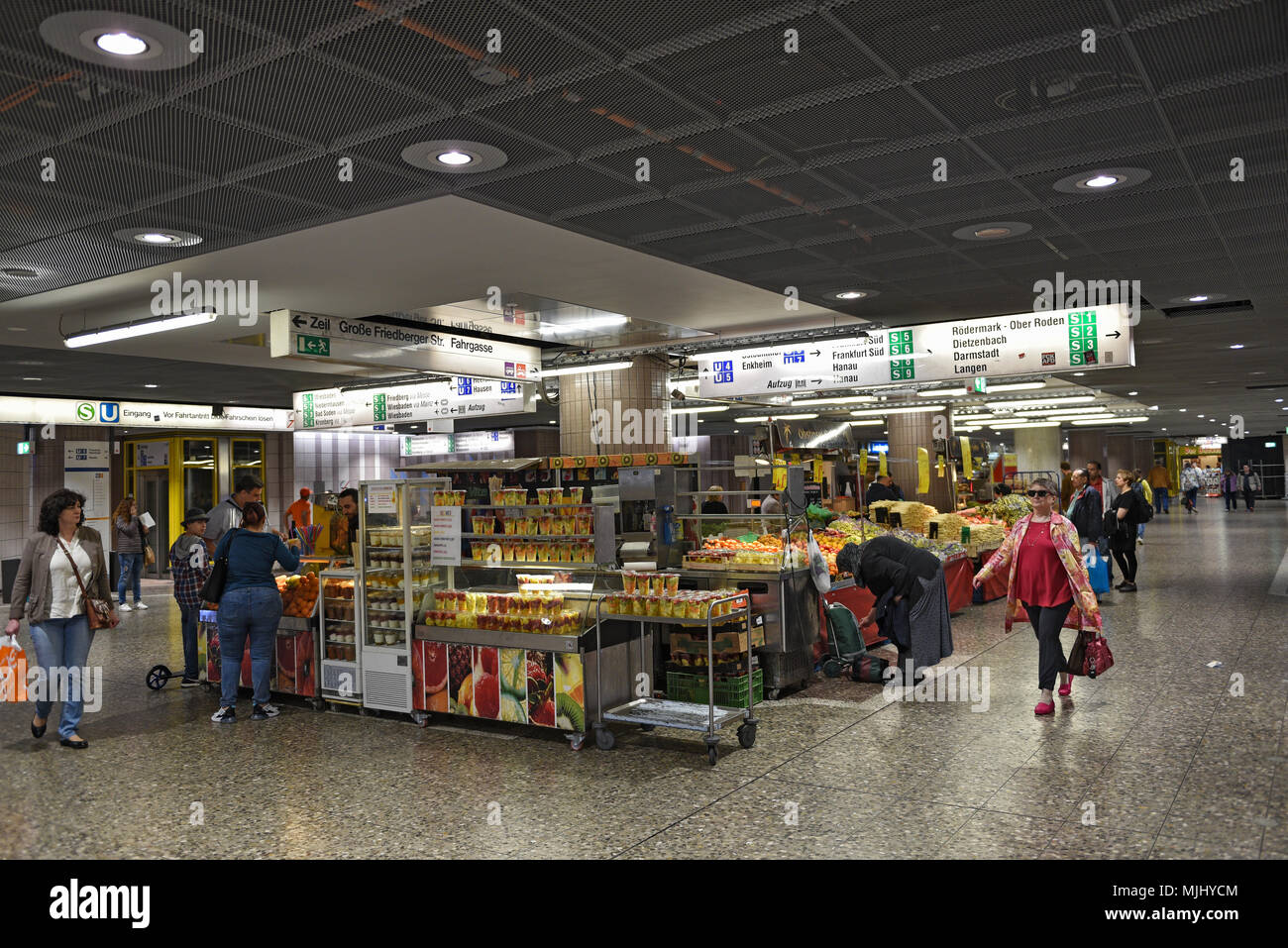 fruit and vegetable stalls in the underground station konstablerwache, frankfurt, germany - Stock Image