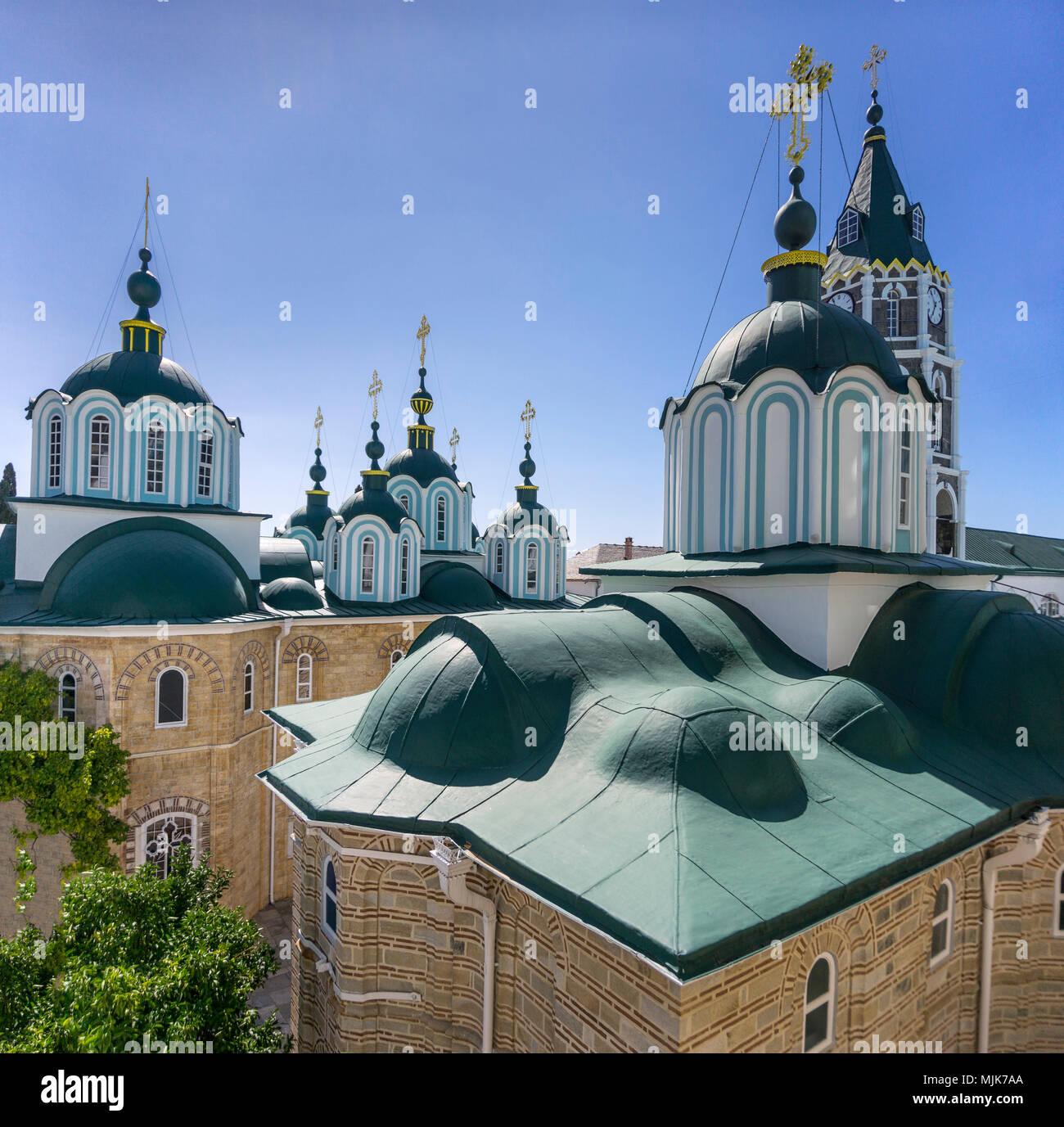 Cupolas on the Katholikon at the center of St. Panteleimon, a Russian monastery  on The Athos peninsula, Macedonia, Northern Greece - Stock Image