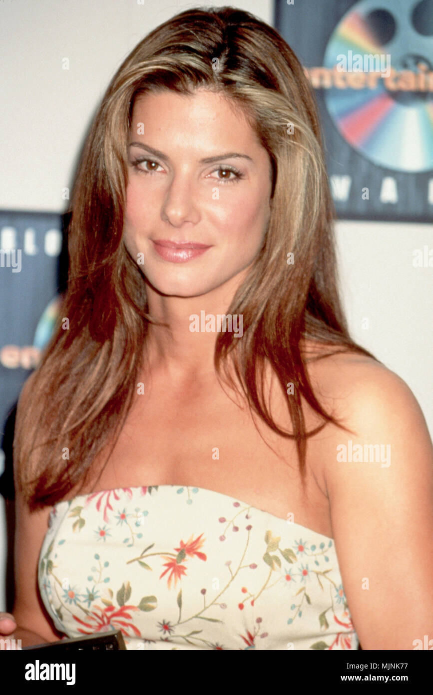 1997 --- Original caption: Portrait of actress Sandra Bullock. --- ' Tsuni / - 'Sandra Bullock 164 Sandra Bullock 164 one person, Vertical, Best of, Hollywood Life, Event in Hollywood Life - California,  Red Carpet Event, Vertical, USA, Film Industry, Celebrities,  Photography, Bestof, Arts Culture and Entertainment, , , Topix - Stock Image