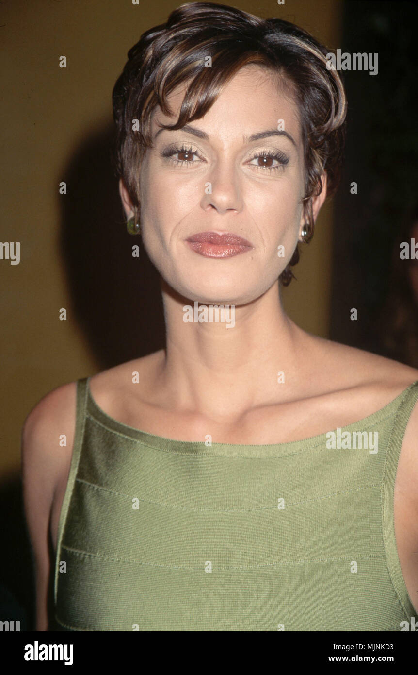 Teri Hatcher Headshot --- ' Tsuni / - 'Teri Hatcher  Teri Hatcher  one person, Vertical, Best of, Hollywood Life, Event in Hollywood Life - California,  Red Carpet Event, Vertical, USA, Film Industry, Celebrities,  Photography, Bestof, Arts Culture and Entertainment, , , Topix - Stock Image