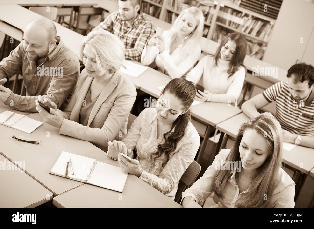 using smartphones in the classroom