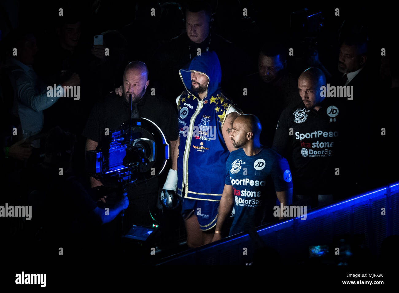 London, UK. 5th May, 2018. Bellew vs Haye heavyweight boxing rematch at The O2. Credit: Guy Corbishley/Alamy Live News - Stock Image