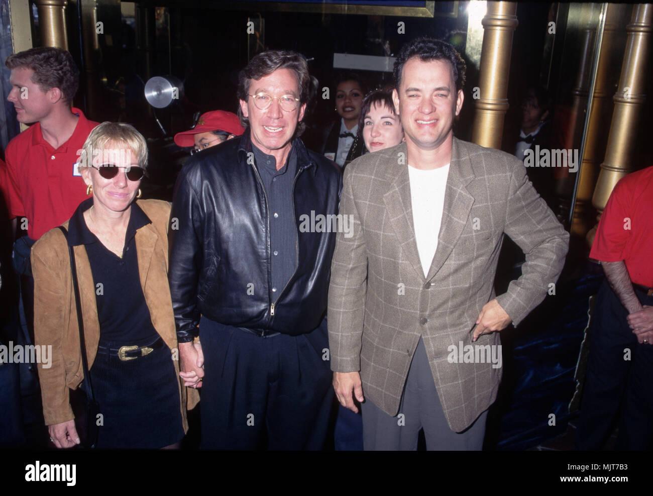 Tim Allen and Wife with Tom Hanks --- ' Tsuni / USA 'Tim Allen and Wife with Tom Hanks Tim Allen and Wife with Tom Hanks inquiry tsuni@Gamma-USA.com - Stock Image