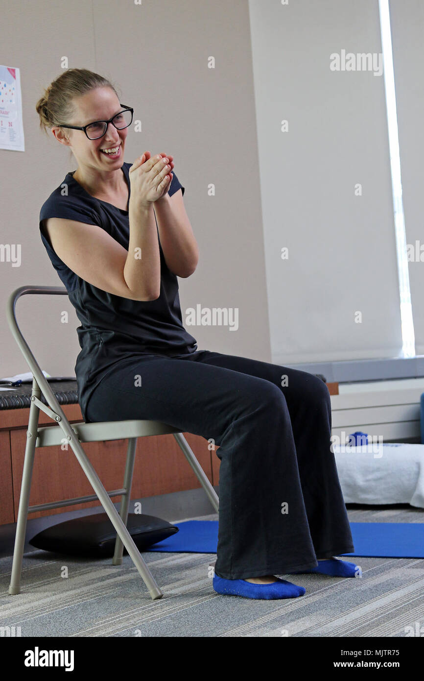 Alyson Rhodes A Yoga Therapist At The Intrepid Spirit On Fort Bragg