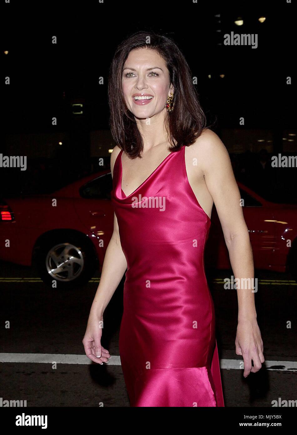 Wendy Crewson Net Worth - Celebrity Net Worth