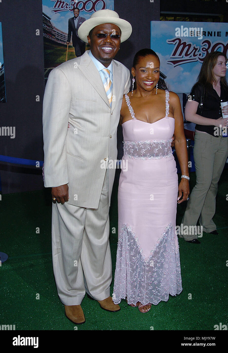 pictures-of-bernie-mac-and-wife-twink-very-young-boys