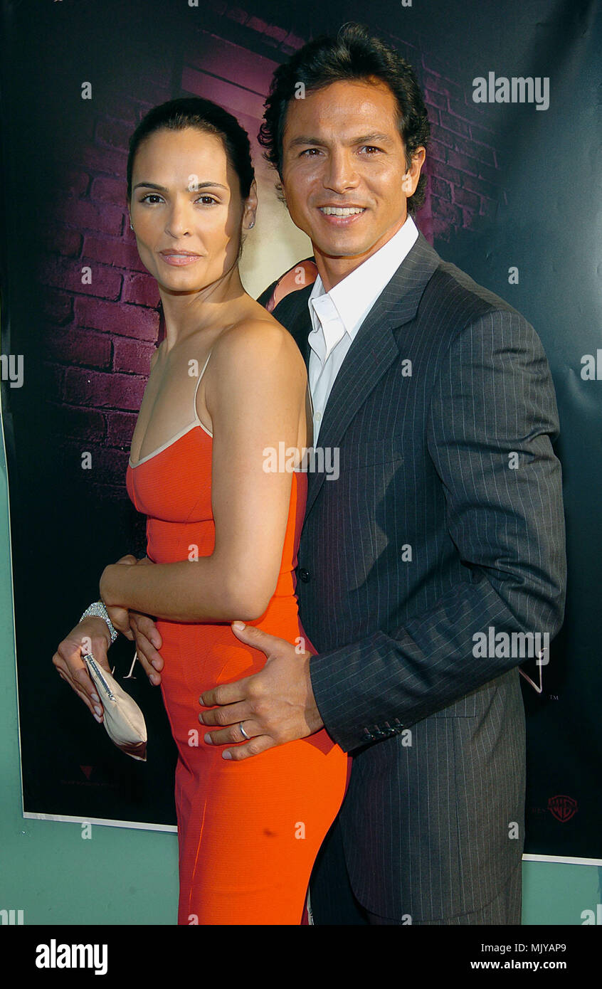 Actors Benjamin Bratt and wife Talisa Soto attend the 2002 ...