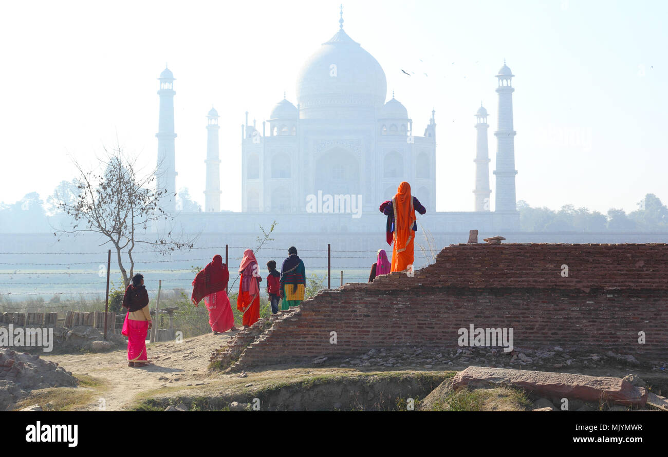 A group of indian women visiting Taj Mahal - Stock Image