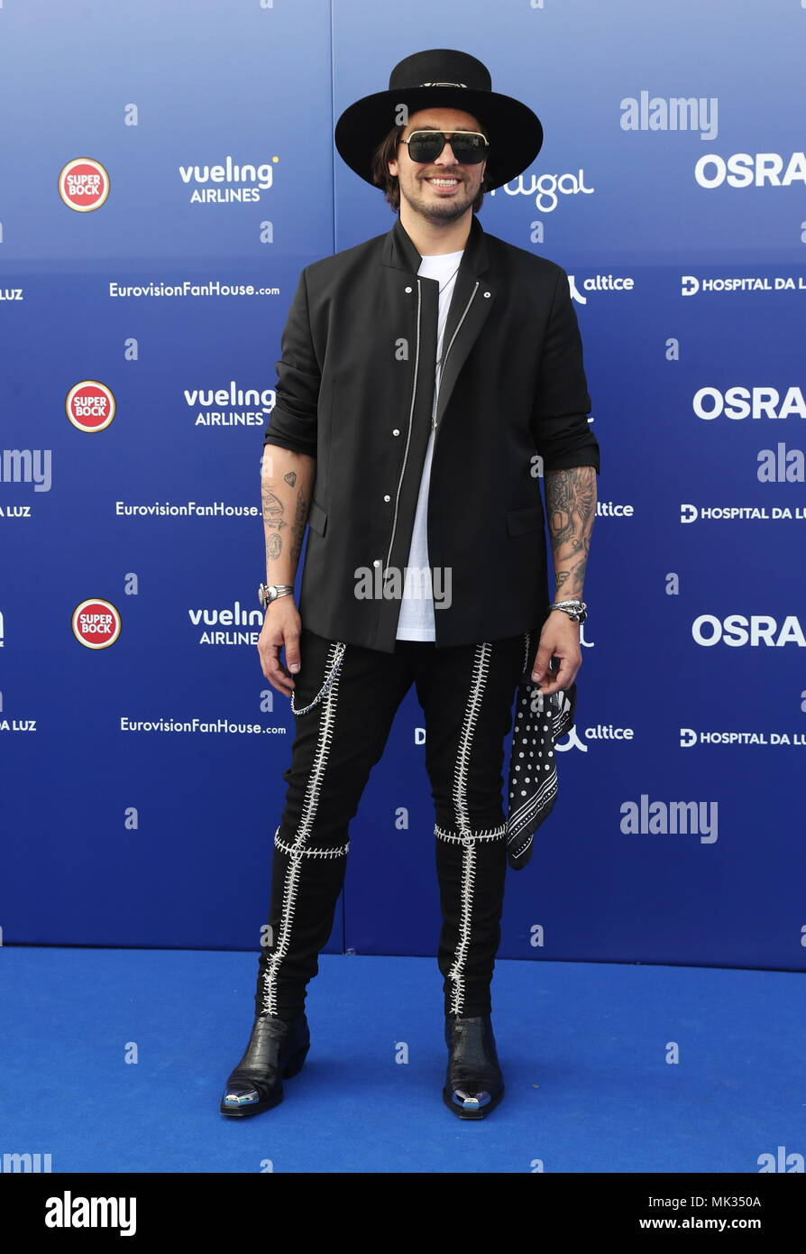 lisbon-portugal-06th-may-2018-lisbon-portugal-may-6-2018-singer-waylon-representing-the-netherlands-at-the-opening-ceremony-blue-carpet-event-of-the-2018-eurovision-song-contest-at-the-museum-of-art-architecture-and-technology-maat-vyacheslav-prokofyevtass-credit-itar-tass-news-agencyalamy-live-news-MK350A.jpg