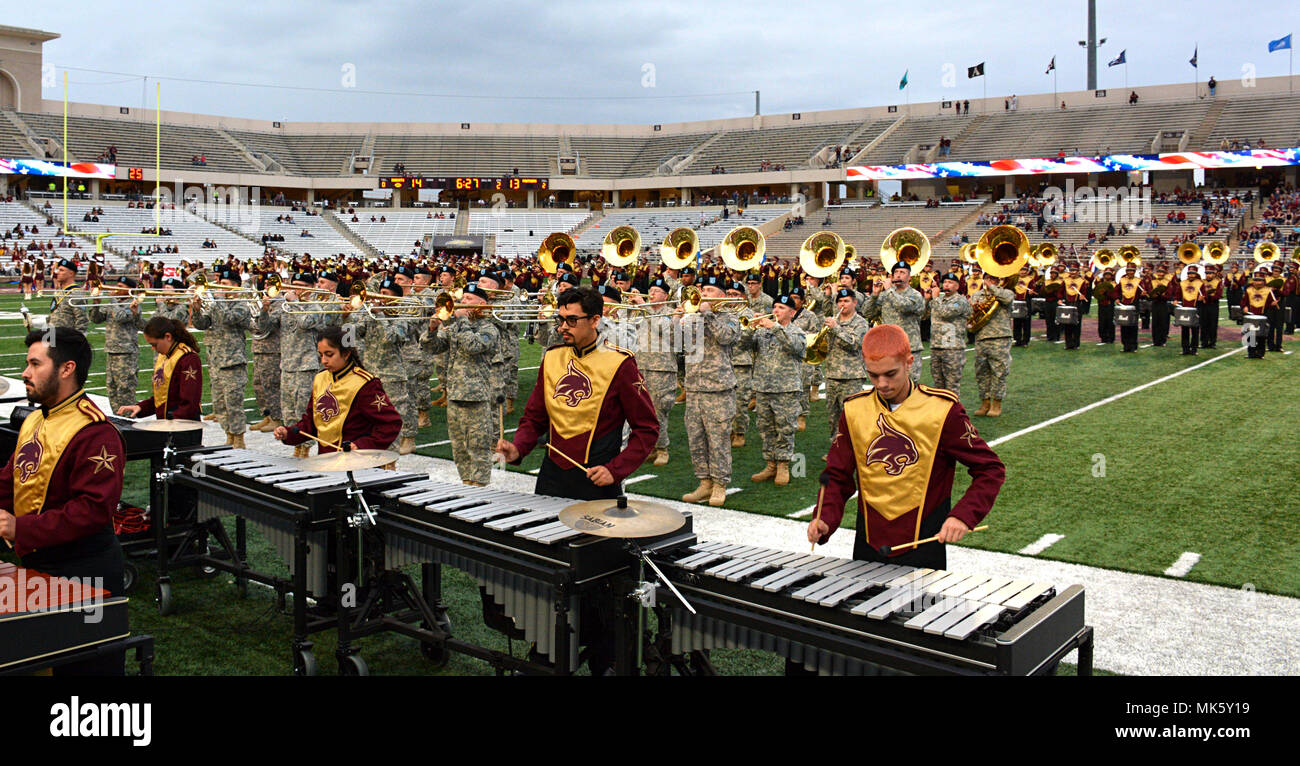 Expo Stands Lightsee : University of texas marching band stock photos & university of texas