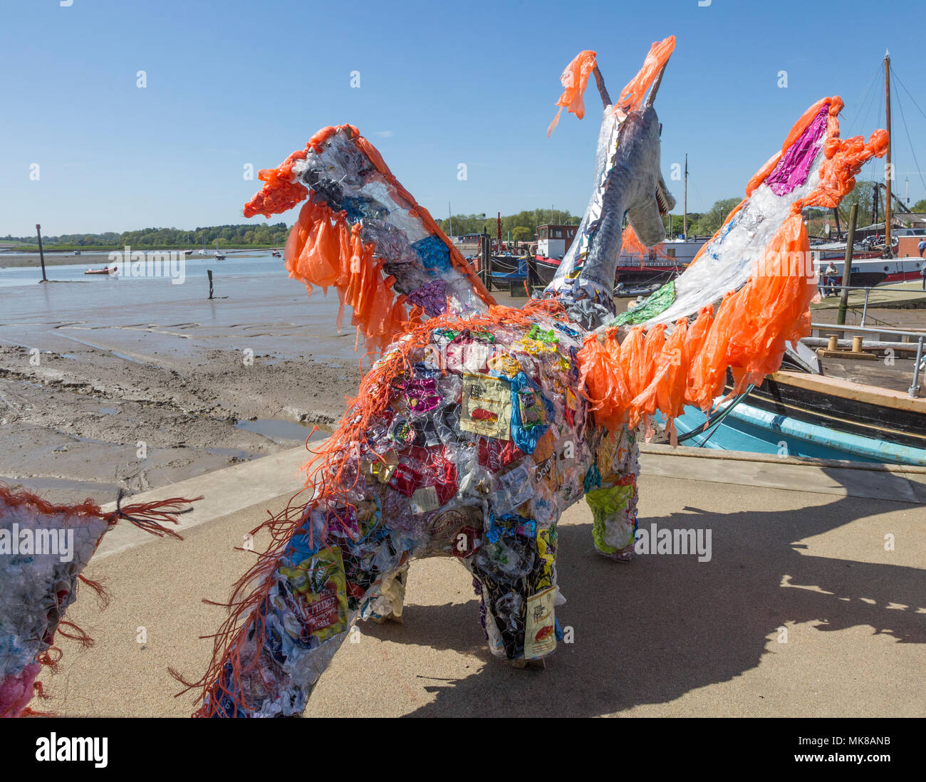 Scruff the Plastic Dragon, Sprit of Beowulf event, Woodbridge, Suffolk, England, UK - 5th May 2018 - Stock Image