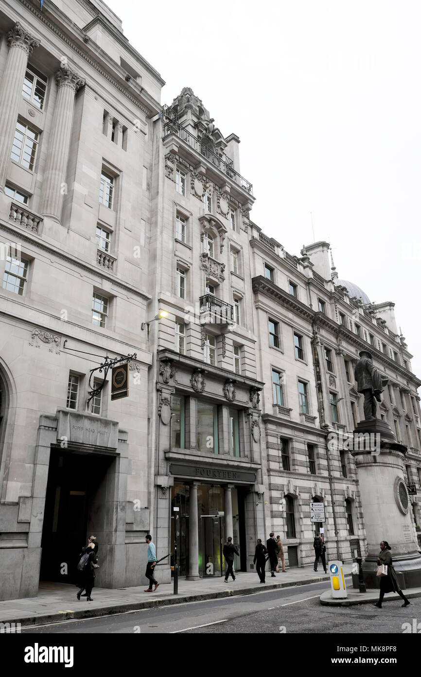 Exterior view of 14 Cornhill building in the City of London UK   KATHY DEWITT - Stock Image