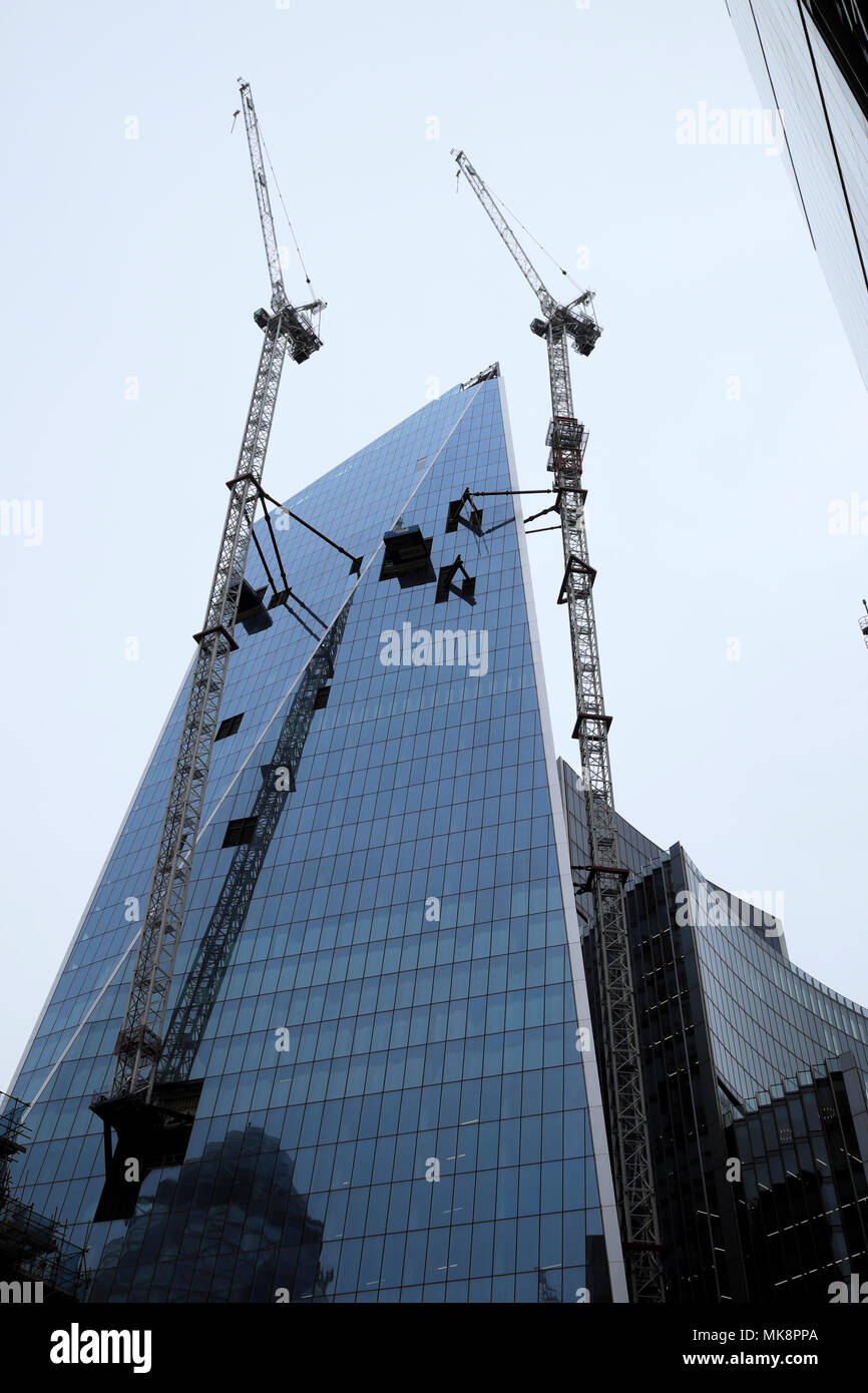 Scalpel skyscraper high rise modern tower block and cranes under construction in the City of London UK   KATHY DEWITT - Stock Image